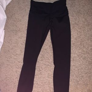 Lululemon full length wonder under leggings!